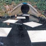 OElbindevlies-Tuecher-Wasserbereich-im-Einsatz-1-2
